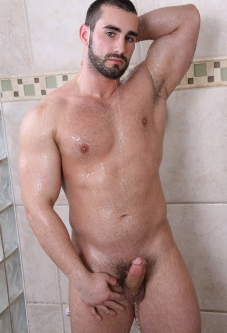 hot-valentino-having-a-shower